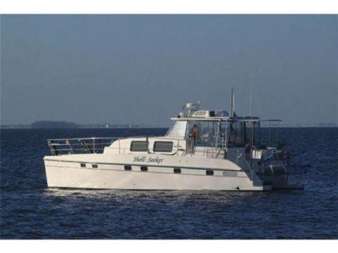 Endeavor Trawlercat 44