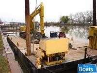 C ustom Built 63.5' Steel Spud Barge/21' Pushboat/Komatsu Excavator/Winch/Miller Welder