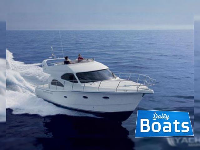 аренда моторной лодки в греции