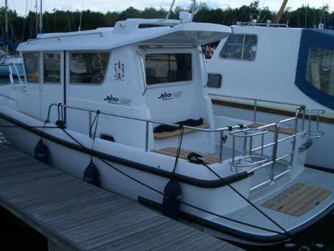 Minor Offshore 25