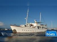 Chantier Naval de Normandie Gentleman Motor Yacht