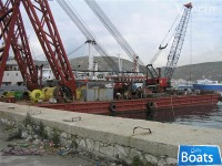 SHEERLEG FLOATING CRANE
