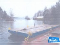 Custom built barge 2004 40' x 17'2