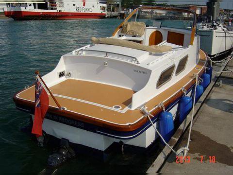 Dell Quay Ranger 25