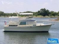 Tollycraft 43 Cockpit Motor Yacht