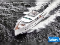 Delta Powerboats 88 Carbon Yacht