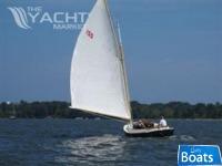 Marshall Boats 22