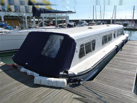 Bounty Norfolk Broads Cruiser 40
