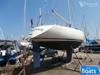 Marine Projects Sigma 33