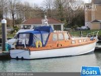 Wallace Clark Gentlemans Motor Yacht