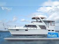 CARVER 4207 Aft Cabin Motor Yacht