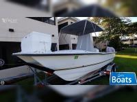 Twin Vee 20 ft Power Catamaran