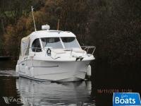 Beneteau Antares 800