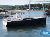 Beneteau Oceanis 38 DOCK and GO