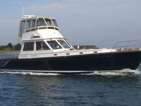 Alden Downeast Flybridge Motor Yacht