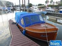 Sonstige Tuckerboot