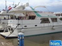 President Yachts President 52 Flybridge