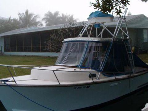 Boca Grande 26 Cuddy