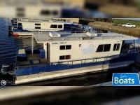 Master Fabricators 43 Houseboat