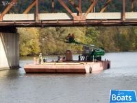 100 x 34 x 7 Barge For Charter Only