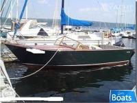 Lakeland Boatworks 22 Isle Royale