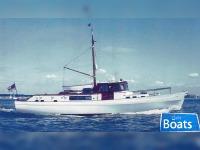 Laurent Giles Diesel Yacht