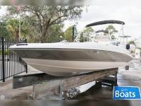 Stingray 182C Bowrider