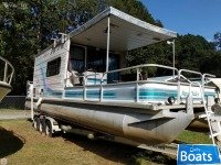 Leisure Kraft 30 House Boat