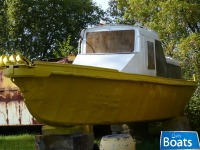 Work Boat with Winch Work Boat