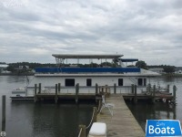 New Orleans Custom Houseboat