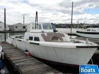 Uniflite 36 LCPL Landing Craft Personnel Boat