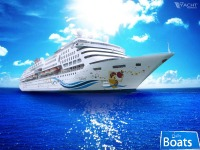 Cruise Ship,1750 Passengers -Stock No. S2447