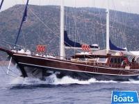 Cobra Yacht