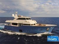 Ferretti Yachts 23