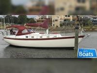 Endeavour Yachts 37 Sloop