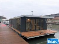 Houseboat Waterlodge Six