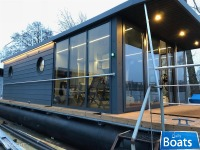 Houseboat Waterlodge Four