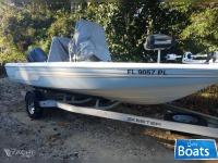 Skeeter SX200 Bay Boat