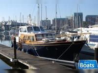 Berthon 55 Classic Motor Yacht