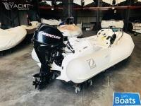Zodiac Yachtline 2 Deluxe 340