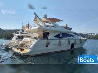 Ferretti Yachts 750 Fly