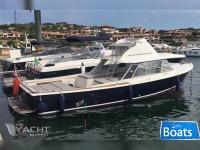 Bertram Yacht 31 SF