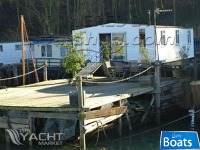 Houseboat Conversion