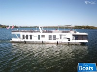 Thoroughbred 18x88 Houseboat
