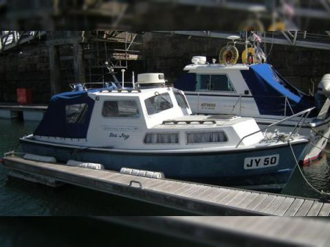 Silva Yates Channel Island 22