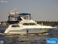 Cruisers Yachts 37