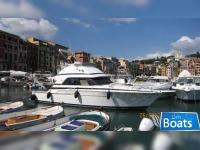 Bertram Yacht 37 Convertible