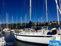 Ericson Yachts 39