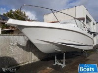 B2 MARINE CAP FERRET 752 DAY CRUISER