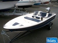 Salcombe flyer 440 Sport